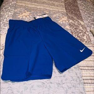 NWT Nike Dri Fit  Boys Shorts Medium Royal Blue